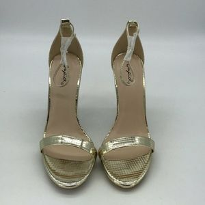 Qupid Gold Ankle Strap Heels Size 6.5